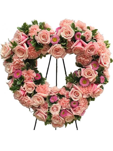 corona cuore gerbere rose garofani rosa